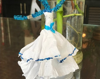 Pipe cleaner ballerina centerpieces (2 doll set)