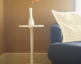 Louse Point pedestal table perfect for bedside or accent table