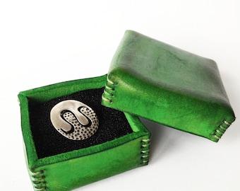 Small leather jewelry box, jewelry box case, jewelry box leather, leather ring box, small leather box, leather jewelry box, jewelry chest