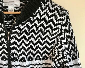 Vintage hand knit fair isle style zip up sweater // black and white sweater // zip up sweater // cozy sweater
