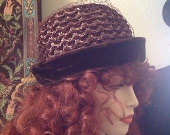 Vintage Woman's Brown Velvet Hat, Woman's Velvet brown Hat, 1950's hat