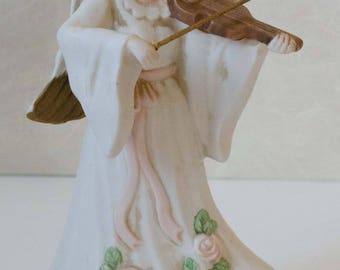 Vintage Music Box, Angel Music Box playing Hark the Herald Angels Sing