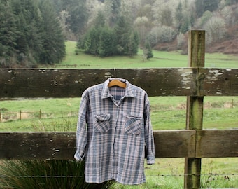 Soft blue & purple flannel (sz: M)