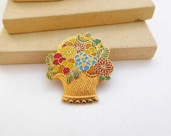 Vintage Hallmark Cards Multi-Color Enamel Gold Tone Flower Basket Brooch Pin F10