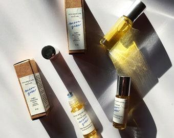 N E W - MOON GAZER natural perfume oil - moonlight and night blooming flowers - jasmine orris sandalwood moonflower (5 ml glass roller)