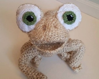 LARGE SIZE - Crochet Oscar the Lizard Stuffed Toy - Adorable Crocheted Stuffed Toy with Expressive Face - Oscar's Oasis - Safe for Babies