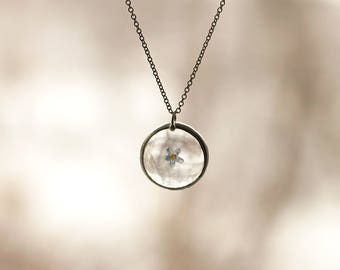 Stain glass jewelry minimalist pendants small round LENS pendants pressed flowers jewelry dainty forget-me-not necklace