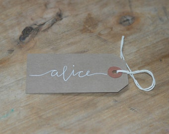 25 Luggage Tag Place Cards in Modern Style Calligraphy