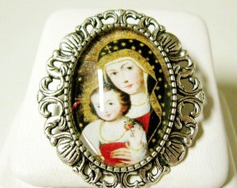Madonna and child convertible brooch/pendant and chain - AP35-082