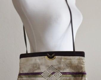Vintage 60's Champagne Plum Carpet Chenille Velvet Leather Cross Body Clutch Purse Handbag