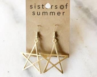14K Gold Star Shaped Drop Earrings