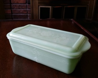 Anchor Hocking Fire King Jadeite Refrigerator Dish and Lid, Philbe Pattern, Green Glass
