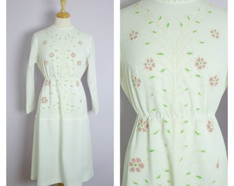 Vintage 1960's/70's White Long Sleeve Beaded Floral Midi Dress M