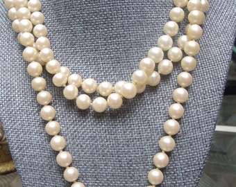 Vintage Flapper Style Pearl Necklace