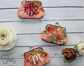 Small Floral coin purse, Vintage style kisslock coin pouch