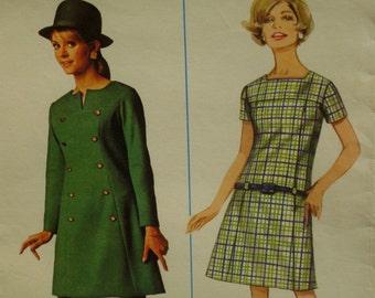 "SALE 60s Panel Dress Pattern, Semi-Fitted, Yoke Front, Short/Long Sleeves, Low Waist, Slit Neck, Mini Dress Butterick 4597 Size 8 Bust 31"""