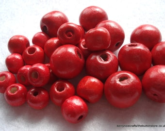 Red Wood Beads Mixed Size Pack of 50 Red Holly Berry Beads Christmas Beads BD15