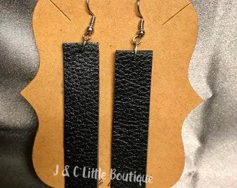 Faux Leather Bar earring