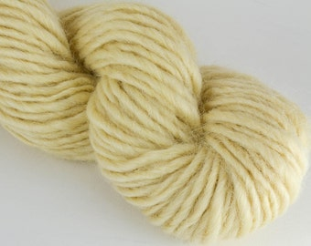 Homegrown Mill Spun Wensleydale Farm Wool Single Ply Lopi Spun Natural White
