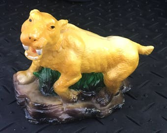 1987 Small World Importing Co Sabre Tooth Tiger Coin Bank ; Tiger Piggy Bank