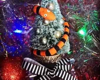 Nightmare Before Christmas Ornament/Nightmare Before Christmas/Gothic Home Decor/Gothic Christmas/Tim Burton Decor/Sandworm/Horror Decor/NBC
