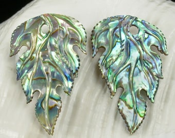 Multicolor PAUA ABALONE SHELL Iridescent Floral Design Earring Pair 3.28 g