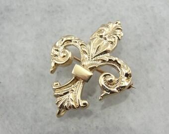 Antique Fleur De Lis Brooch in Fine Chased Gold 58FU2X-N