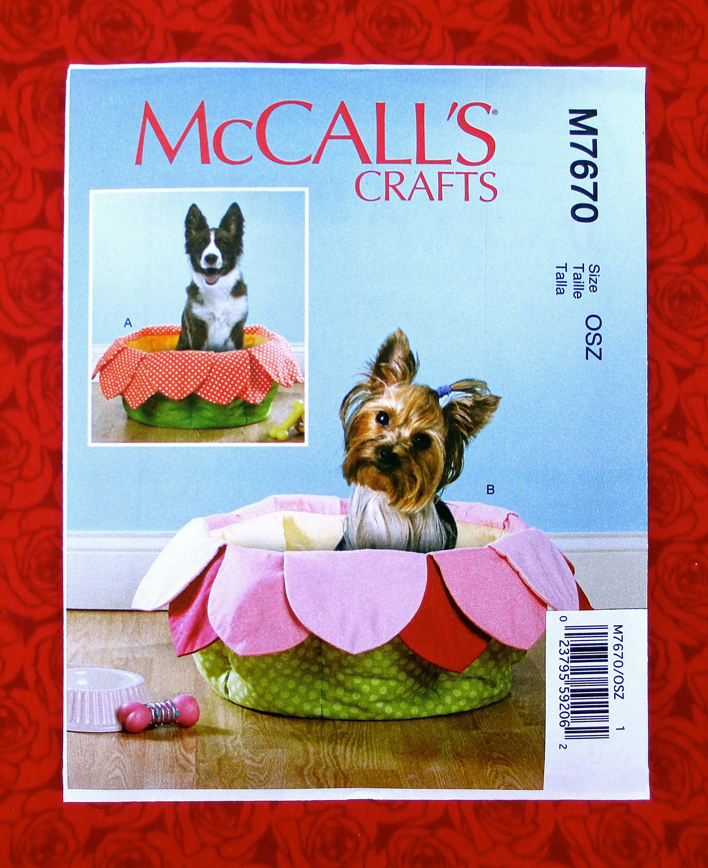 Mccalls sewing pattern m7670 pet dog cat pillow bed zoom jeuxipadfo Gallery