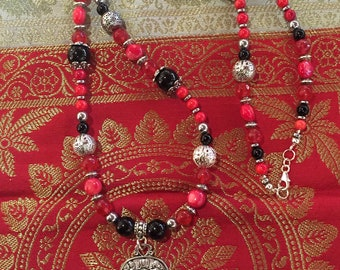 Hippie chic necklace with natural stones