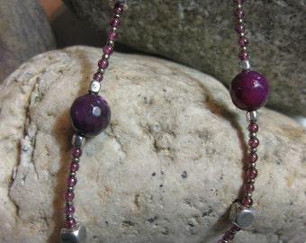 Raspberry toned quartz, garnet & pewter necklace