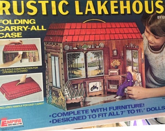 1976 Rare Vintage Empire toys Rustic lakehouse folding carry case cardboard doll house with box