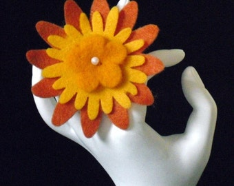 Sarah Jessica (Funky Felt Flowers Cocktail Ring)