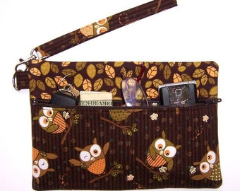Wristlet Clutch  Zippered Cotton Owls on Brown Background With Matching Leaves Contrast