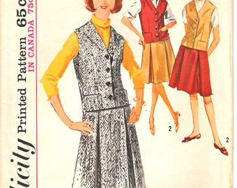 Simplicity 5615 Woman's Inverted Pleat Knee Length Skirt and Weskit-Waistcoat, Vest Sewing Pattern Size 14 Vintage 1960's