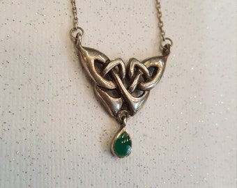Adjustable Sterling Silver Celtic Knot with Green Glass Small Pendant Necklace