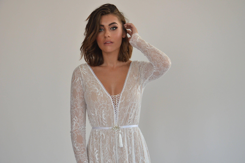 Böhmische Spitze Brautkleid lange Ärmel niedrigen Rücken