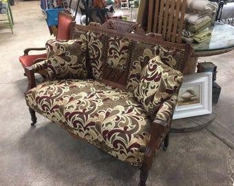Vintage Setee / Love Seat