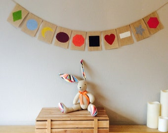 Childrens Bedroom Nursery Shape & Colours Bunting Banner Educational Learning