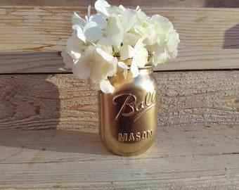 Gold Vases, Gold Mason Jars, Gold Wedding Decor, Gold Shower Decor, Gold Painted Mason Jars, Wedding Vases, Gold Wedding Decorations, Jars