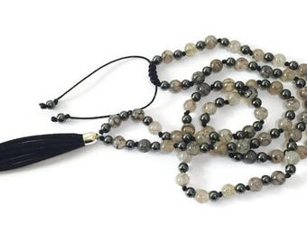Agate Necklace, Black and white Agate Necklace, tassel Necklace, hand-knotted Necklace, Mothers day Gift, Valentines gift, birthday gift