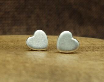 Silver Earstuds 'Heart', Silver Earrings, Heartshaped Jewelry, Romantic Jewelry, Love