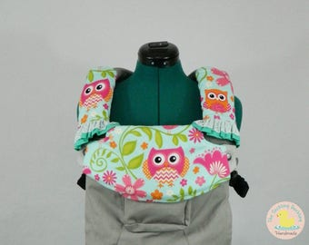 Pre-Order** Pink Aqua Owls Lillebaby Carrier Headrest Bib w/ Straight Drool Pads w/ ruffles, Fully Reversible 3 Pc. Set
