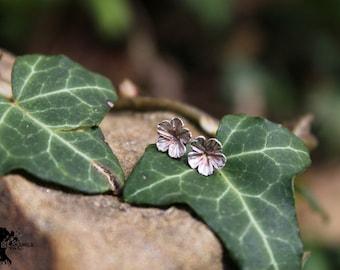 Flower - silver 25 hand carved earrings