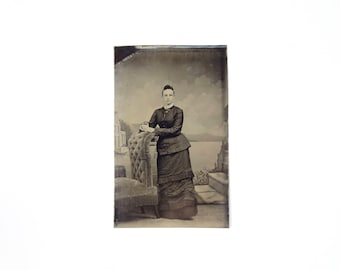 Vintage Tintype Photo of Woman / Victorian Era Tintype Photograph