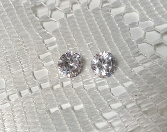 White Cubic Zirconia  Diamond Quality  9.30cts  Pair  9 mm Round Brilliant Cut Loose Gemstone
