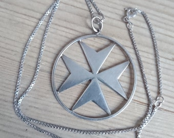 Large vintage sterling silver maltese cross pendant and chain