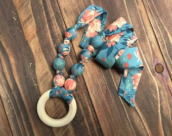 Teething necklace - Organic teething jewelry - Wooden teething necklace - Bite beads - Floral teething necklace - Baby shower gift - Teethe