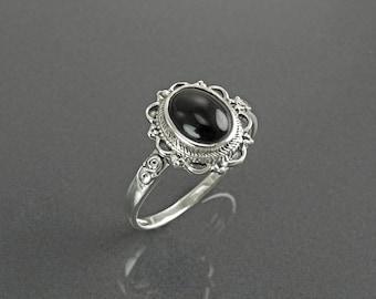 Onyx Dainty Ring, Sterling Silver 925, Black Stone Ring, Onyx Gemstone Jewelry, Festival Ring, Gypsy Boho Tribal Ring, Victorian Ring, Woman