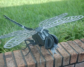 Dragonfly in steel (3D)