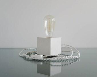 White Concrete Table Lamp, Modern lamp, Industrial lamp, Edison lamp, Modern lamp, Industrial lamp, Table lamp, Concrete desk lamp